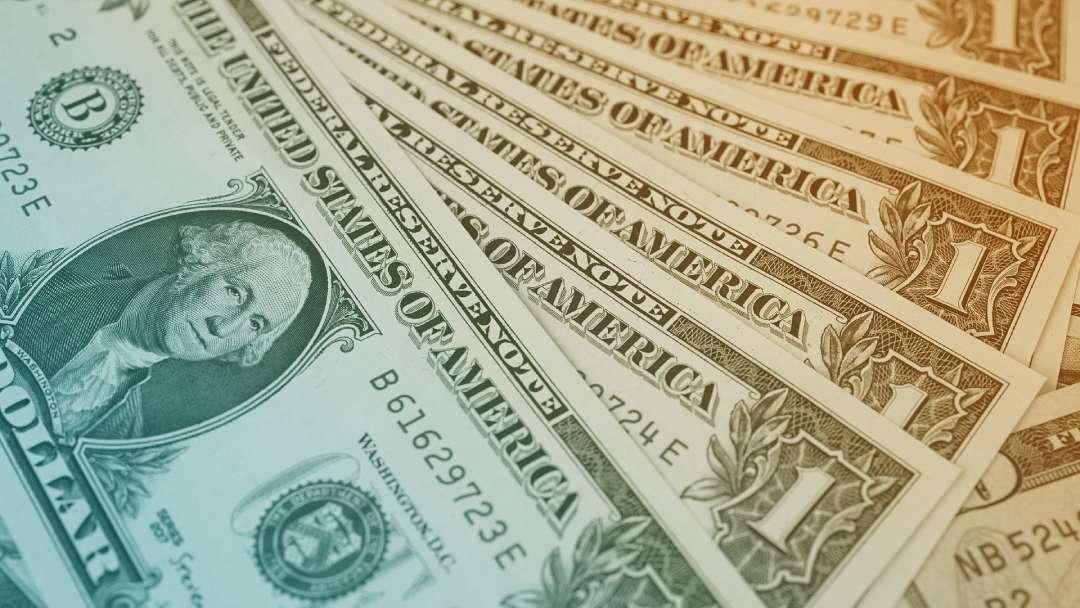 Dollars américain 1$