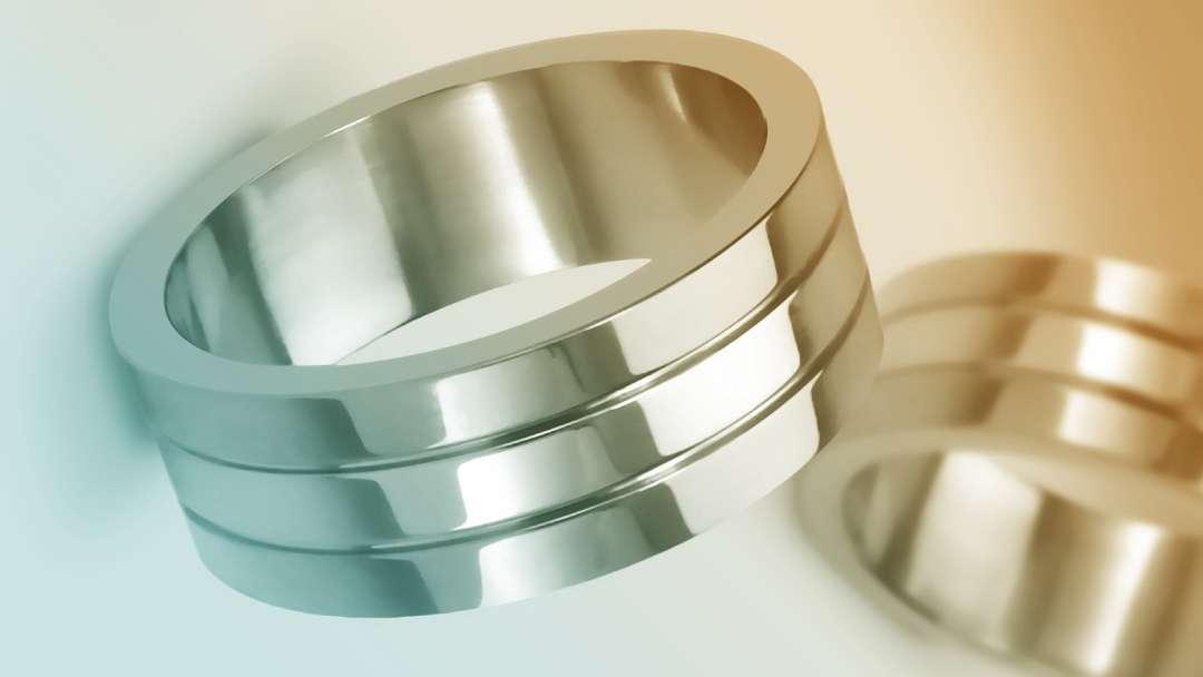 Bijoux de différents métaux précieux : or argent platine