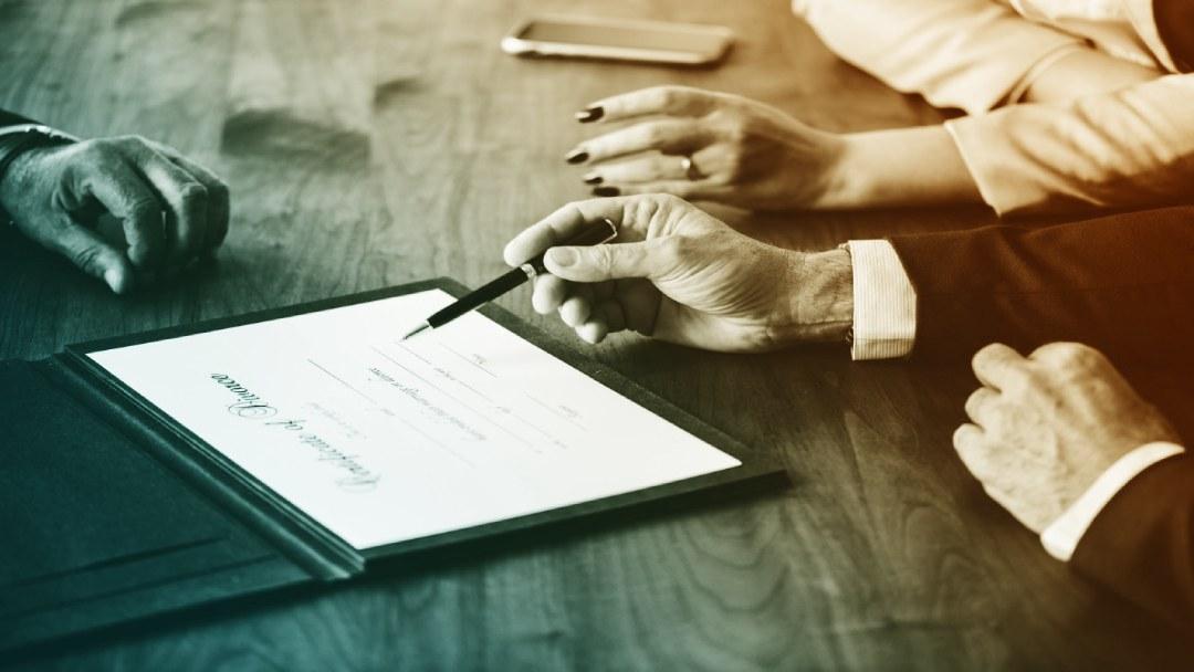 Contrat à signer