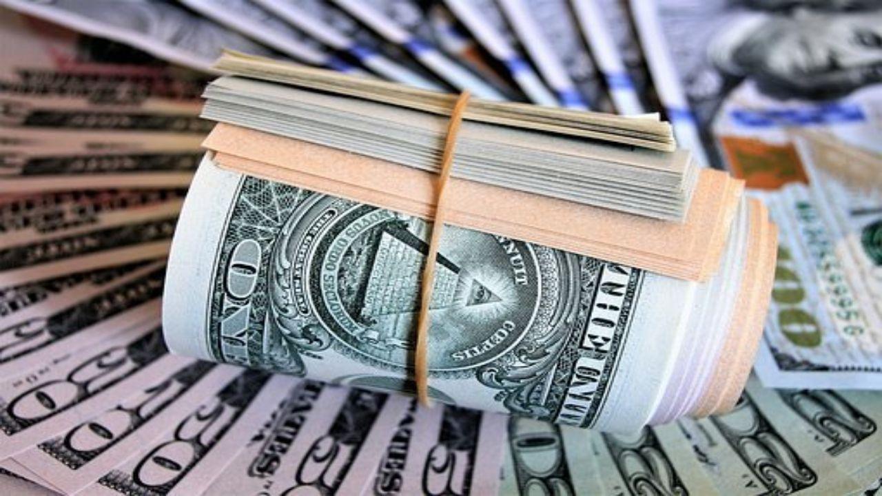 Billets enroulés dollar