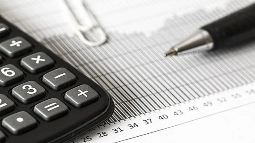 La fiscalité des cryptomonnaies peut demander des calculs complexes et précis